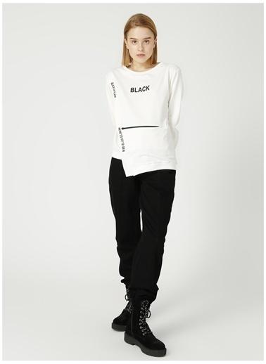 Black On Black Black On Black Bob 68 Beyaz Kadın Sweatshirt Beyaz